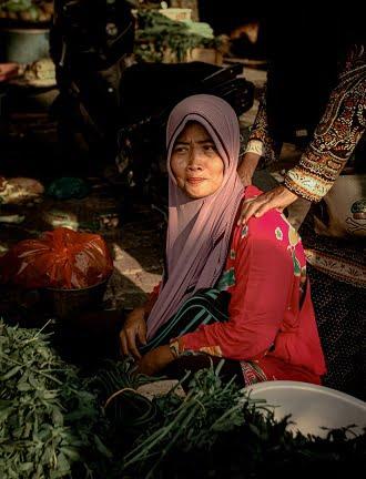 3 Kategori wanita yang boleh mencarum di i-Suri KWSP bantuan Suri rumah.